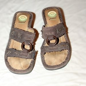 Gelron 2000 By Earth Spirit Leather Sandals
